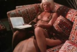 Retro video of cunnilingus with blonde Danielle
