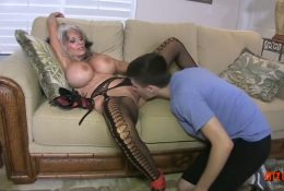 Old woman seduced a young guy to lick a pussy